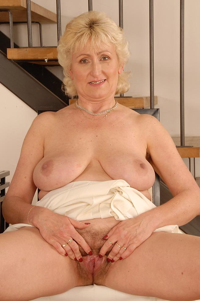 Фото голых 35 лет девушек 8 фотография