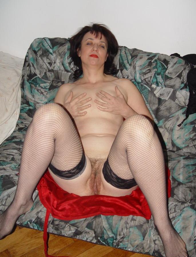 Откровенная фото сессия старушки. . Балерина эротично раздевается. Волоса